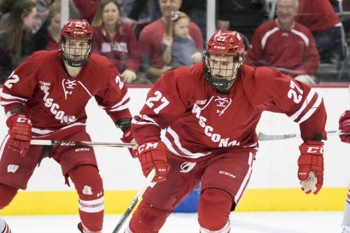 No. 10 Wisconsin men's hockey whacks Merrimack