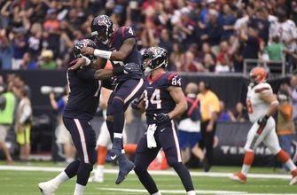 Watson tosses 3 TDs as Texans beat Browns 33-17 (Oct 15, 2017)