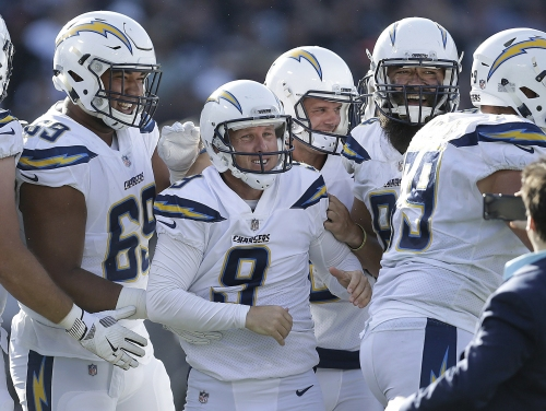 Nick Novak's late kick leads Chargers past Raiders