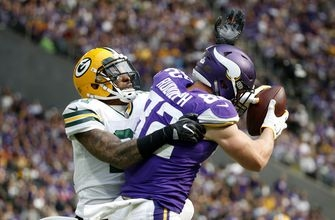 Vikings D takes down Rodgers, dismantles Packers 23-10