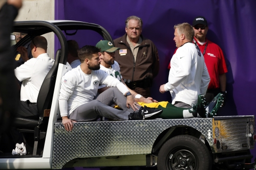 Aaron Rodgers to have surgery on collarbone, Packers coach Mike McCarthy says