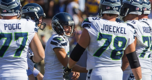 As Seahawks return from bye no changes to offensive line, but free agent Branden Albert reported to have an offer