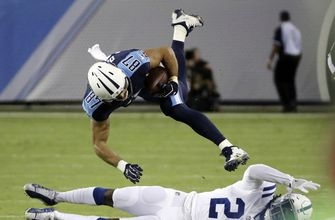 Woodyard's stop helps Titans end 11-game skid against Colts