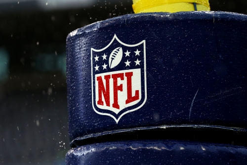 """NFL players, owners hold """"constructive"""" talks on issues"""