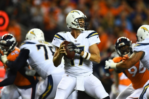 Broncos-Chargers Odds NFL Week 7: Los Angeles Favorites at Home