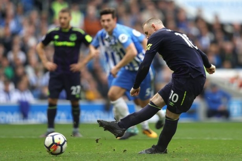Wayne Rooney and the Everton penalty record which looked like standing forever