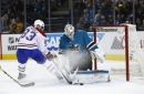 Couture scores twice in Sharks' 5-2 victory over Canadiens (Oct 17, 2017)