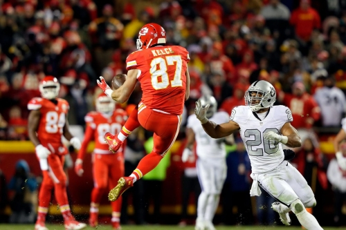 """Arrowheadlines: What is the """"something special"""" the Raiders punter has for Travis Kelce?"""