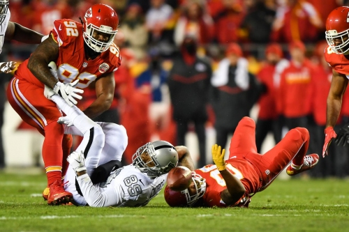 Tough to defend this pass interference non-call in Chiefs-Raiders game