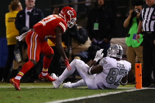 Arrowheadlines: Media agrees that Chiefs-Raiders was the game of the year