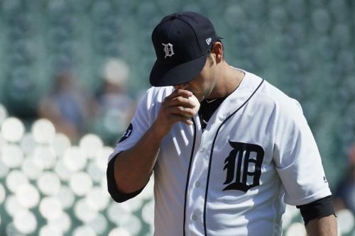 Tigers decline $16 million club option on Anibal Sanchez