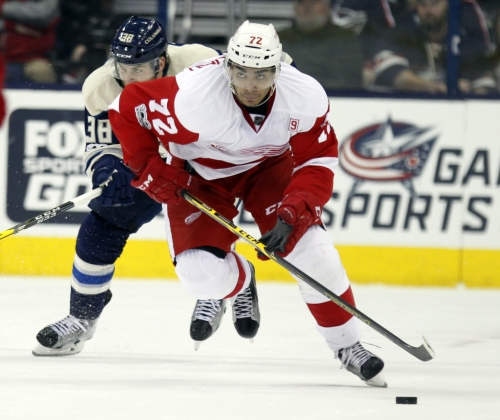 Red Wings, Andreas Athanasiou agree to one-year deal