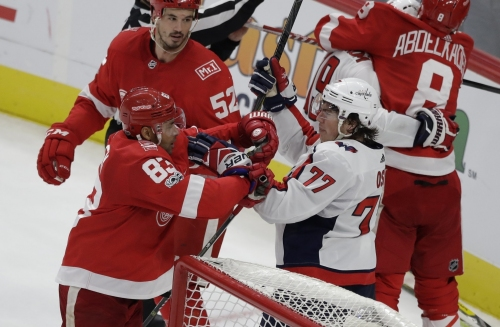 Red Wings unable to raise level against tougher competition
