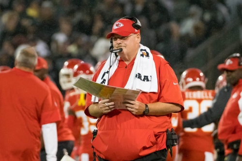 Why weren't the Chiefs more aggressive on their final drive?