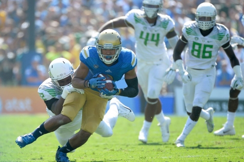 How To Watch Oregon Ducks at UCLA Bruins Football: Game Time, TV Schedule, Radio and More