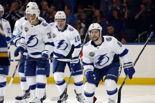 Tampa Bay Lightning revamp power play with dangerous second unit