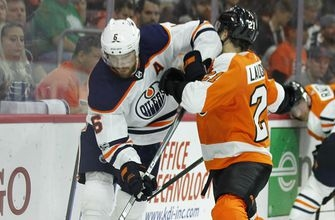 Simmonds' late goal lifts Flyers over struggling Oilers, 2-1 (Oct 21, 2017)