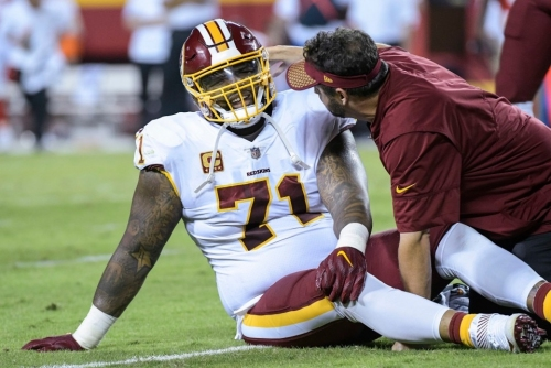 Redskins' Trent Williams trying to delay necessary knee surgery until after season