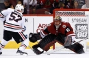 Coyotes remain winless after late score by Blackhawks