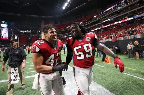 Falcons LB De'Vondre Campbell crushes Tom Brady for a sack