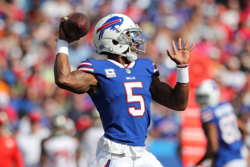 Tyrod Taylor's passing leads Buffalo Bills to victory