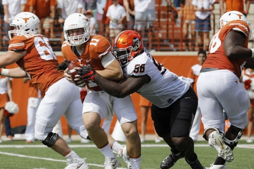 Lack of running game continues to haunt the Texas offense