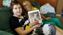 Cubs' Anthony Rizzo Replaces Stolen Autograph Photo, Plus Surprises Cancer Patient With More