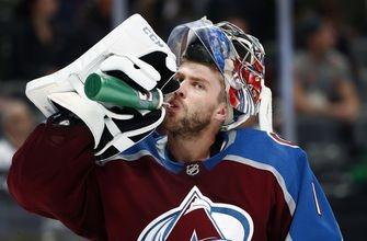 Varlamov stops career-high 57 shots, Avs beat Hurricanes 5-3 (Nov 02, 2017)