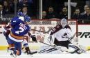 Lindgren makes 38 saves, Canadiens beat Blackhawks 2-0