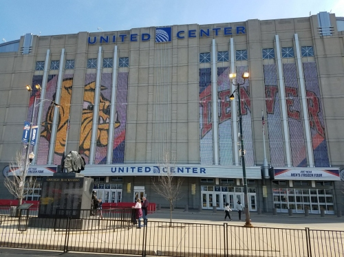 Badgers men's hockey: Wisconsin, Notre Dame announce plans for games at United Center