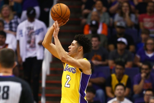 Magic Johnson says Lakers won't 'mess' with Lonzo Ball's shot, compares LeBron James' rookie hype