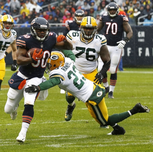 Bears coach John Fox faces heat after loss to Packers