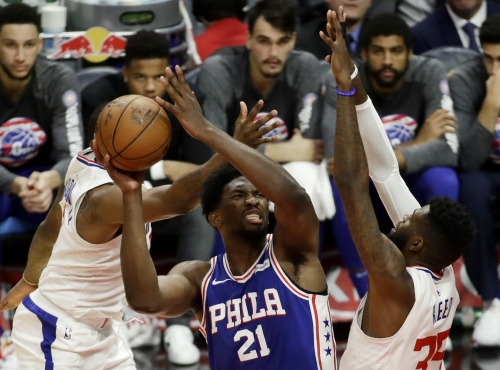 Clippers falter late against 76ers, lose their sixth in a row