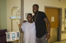 DeMarre Carroll helping out ... on the court and off