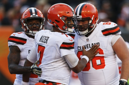 If the Cleveland Browns finish off 0-16 season, there will be a parade