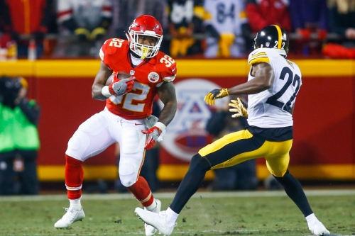 Chiefs' Spencer Ware fell off last year like Kareem Hunt did this year