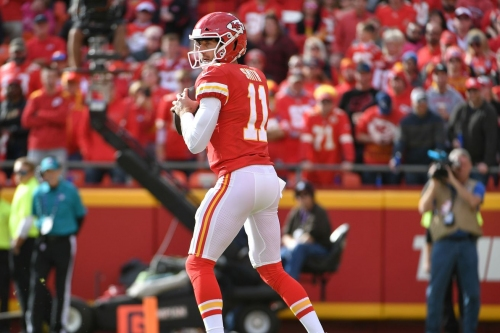 What the Sunday morning pregame shows said about Chiefs' Alex Smith and Patrick Mahomes