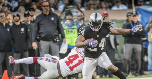 Marshawn Lynch runs wild in Raiders' victory over Giants