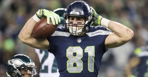 Seahawk Nick Vannett says seeing college teammate Ryan Shazier injured 'makes you wonder why we do what we do'