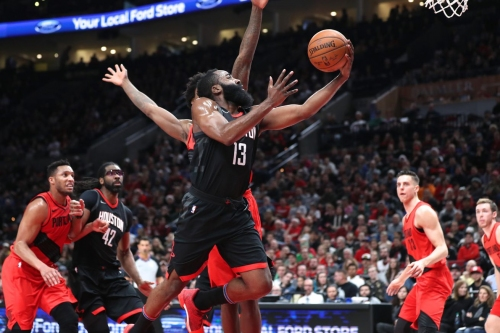 Late comeback commands Rockets over Trail Blazers
