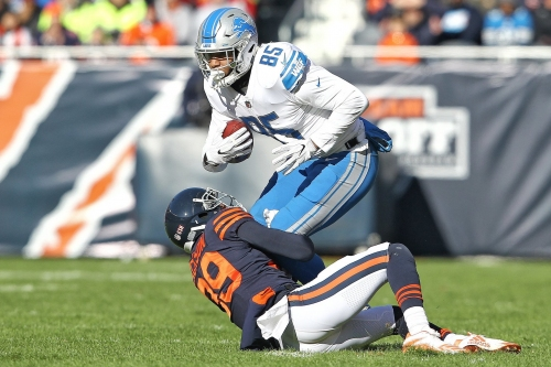 Lions open as 6 1/2-point favorites over Bears in rare Saturday game