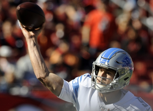 Matthew Stafford comes out hot, leads another game-winning drive despite injury