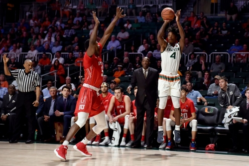 Miami Hurricanes Basketball: G Lonnie Walker IV named ACC Rookie of the Week