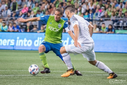 Exposing Osvaldo Alonso was calculated risk, Sounders GM says