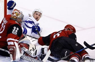 Lightning's Callahan out indefinitely with upper-body injury