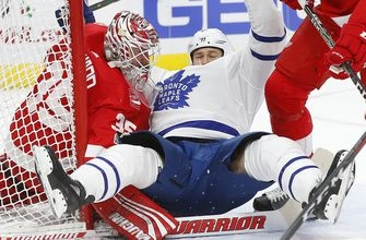 Red Wings beat Maple Leafs 3-1 for desperately needed win (Dec 15, 2017)