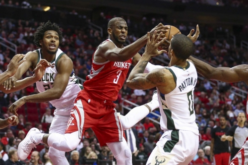 Rockets win again, hold off Bucks 115-111