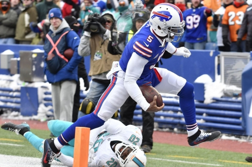 Buffalo Bills stay alive in AFC playoff race with 24-16 win over Miami Dolphins