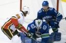 Giordano, Bennett lead Flames to 6-1 win over Canucks (Dec 17, 2017)