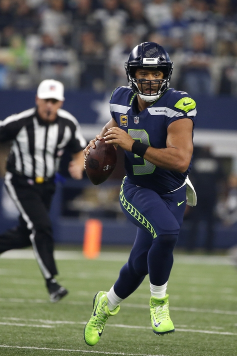 Keys to Seahawks-Arizona game: Protect Russell Wilson, force Drew Stanton to pass and block out distractions